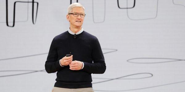 """Apple Pay Tim Cook lobt """"Riesenerfolg"""" beim deutschen"""