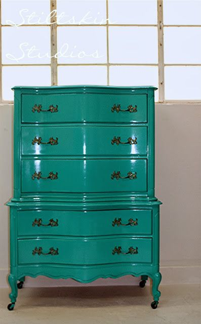 My Friend Used Amy 39 S Paint Loved It Amy Howard Lacquer S Eree 39 S Aris Urniture