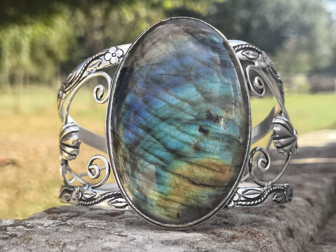 super populaire a730e 3b351 Large bracelet labradorite bleue, bangle, réglable ...