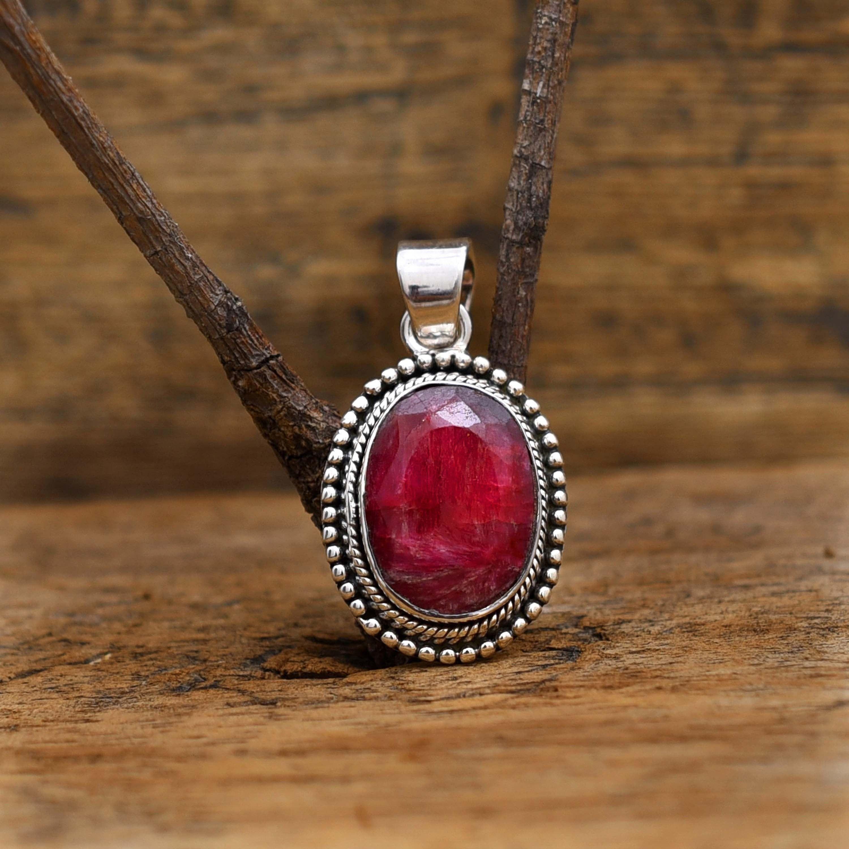 Ruby gemstone in 925 Silver