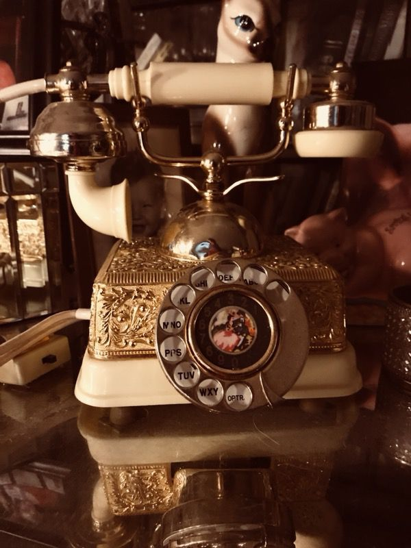 French antique phone | Pinterest | Antique phone, French antiques ...