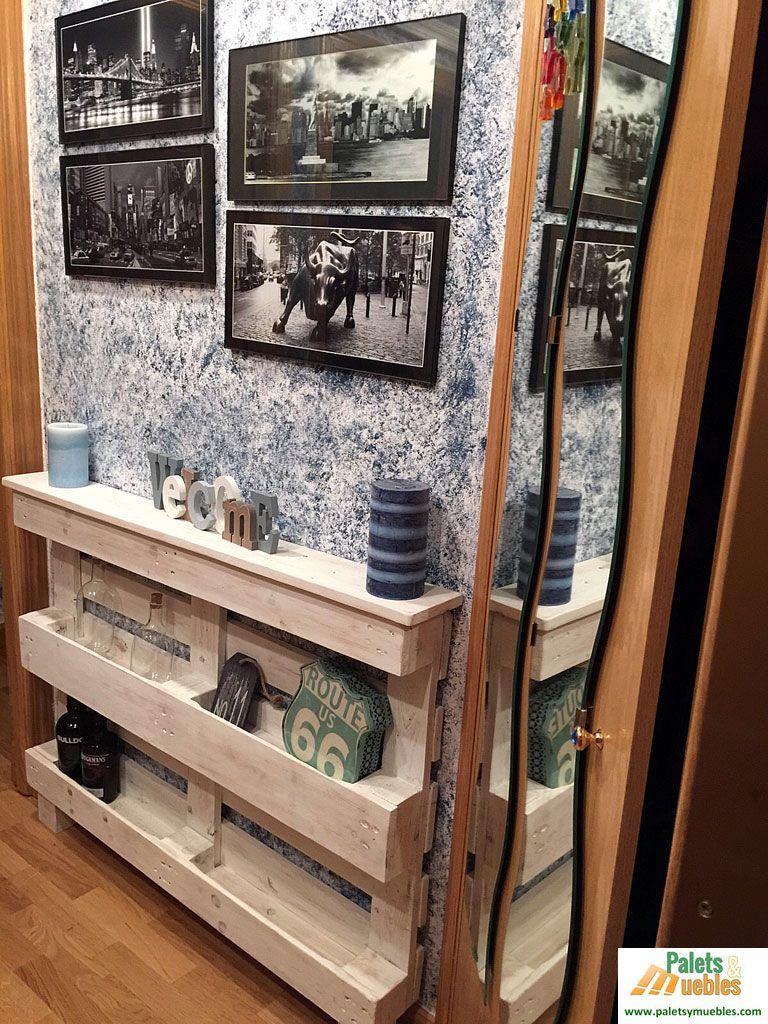 Recibidor con palets reciclados en for Fabricacion de muebles de palets de madera