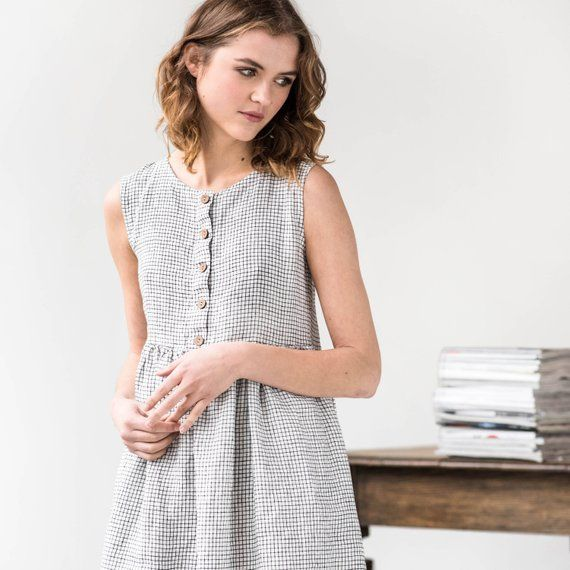 Linen loose sleeveless MAMA dress / Washed and soft linen dress in small checks