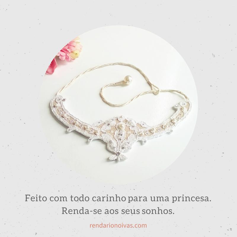 Confira nossos acessórios para noivas feitos exclusivamente no tecido mais belo e delicado do mundo, a renda! #noiva, #inspiração, #casamento #romantico #bride #renda #rendado #romance #amor #colardenoiva #colar #necklace #princesa #luxo