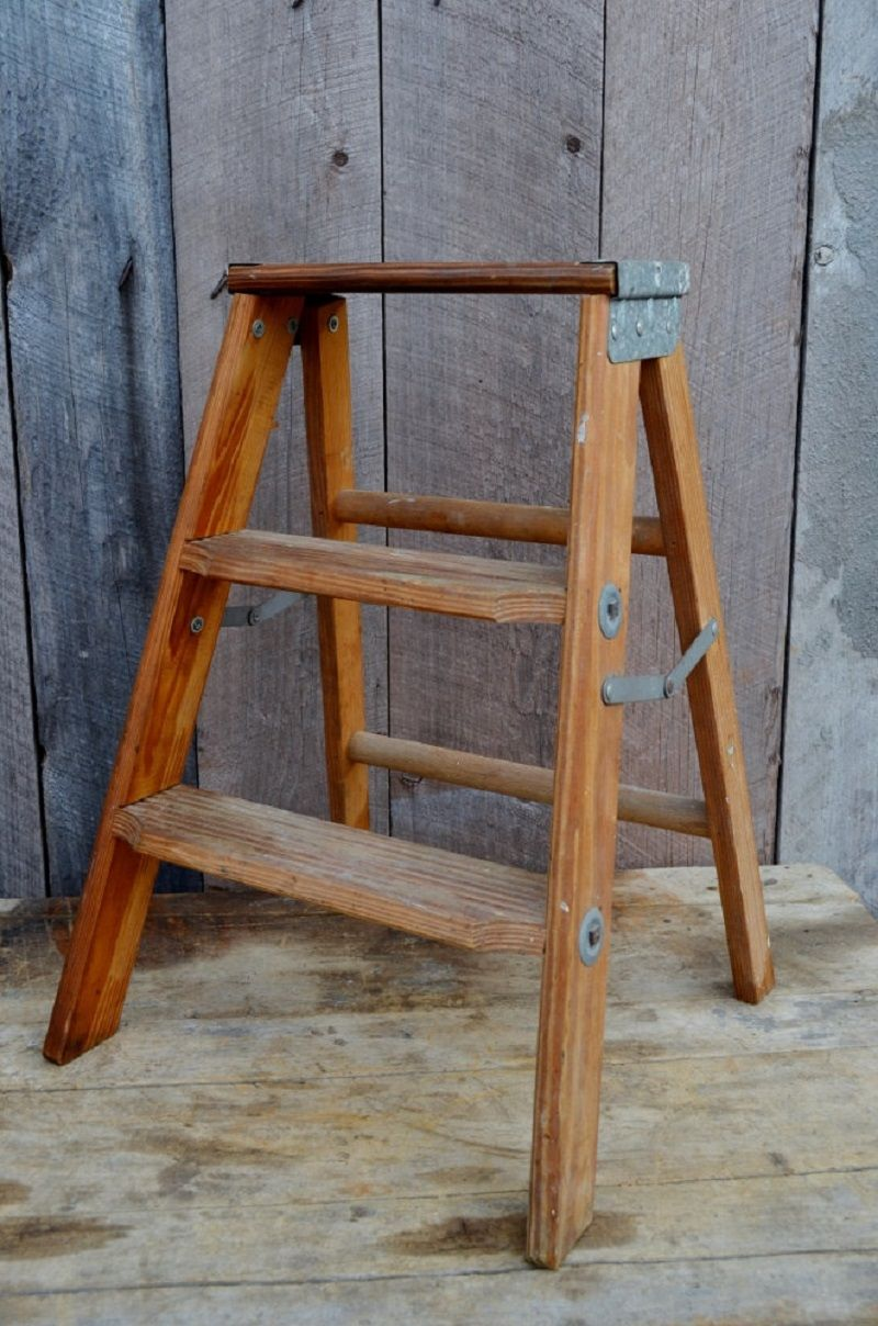 Small Wooden Folding Step Stool Industry Décor Display Shelf