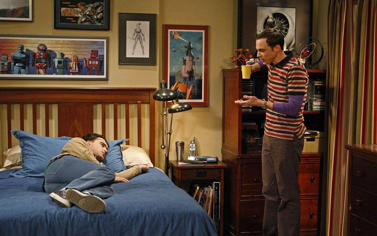 The Big Bang Theory on Pinterest | Star Wars Bedroom, Big ...