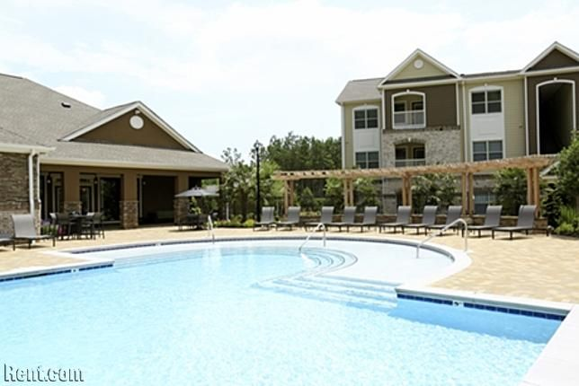 Waterstone At Big Creek 50 Estuary Trail Alpharetta Ga 30005 Rent Com Big Creek Apartments For Rent Alpharetta
