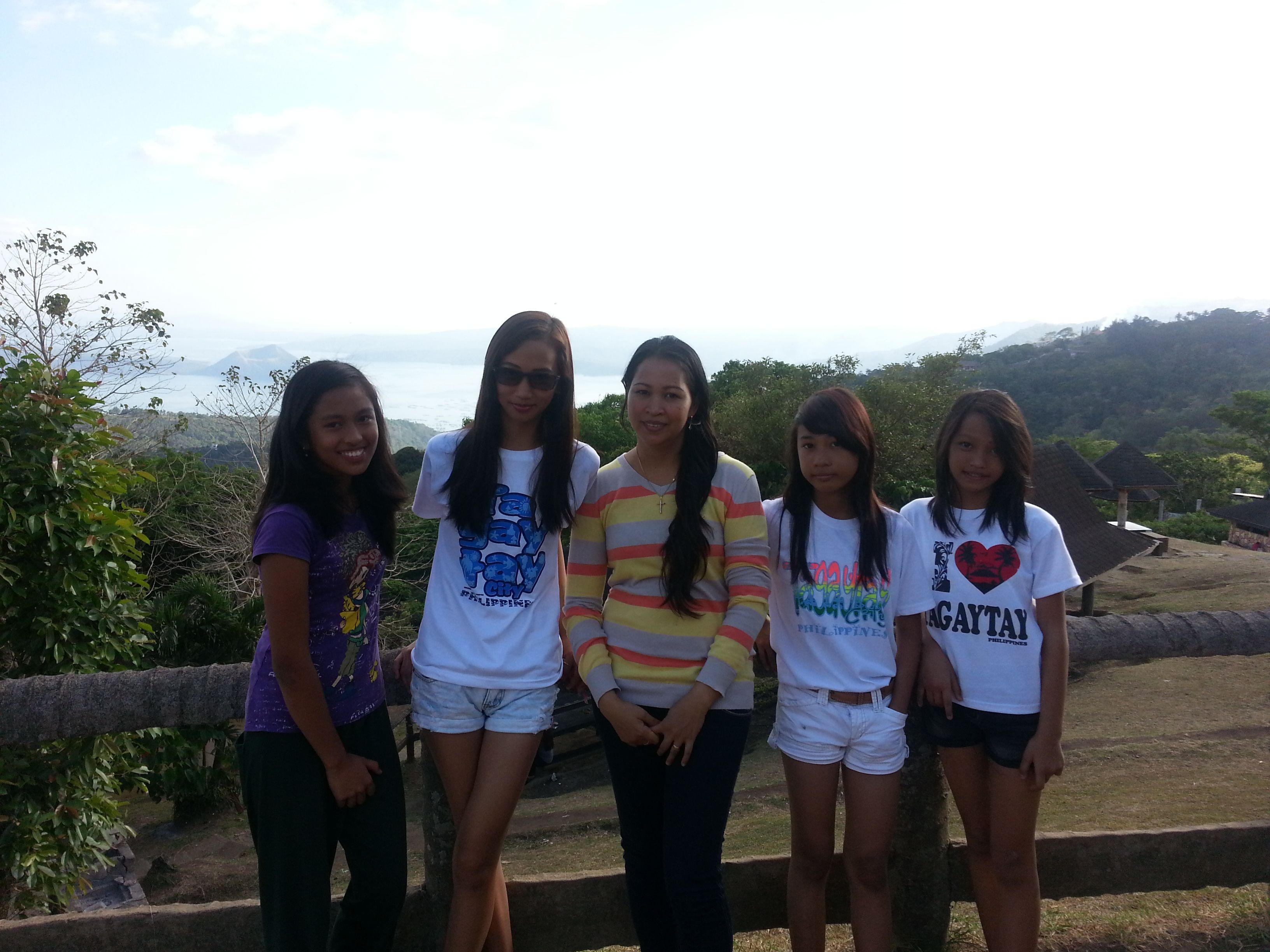 Albertos By Dj Seungli My Girls At Tagaytay Peoples Park Tagaytay Philippines