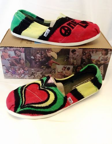 Bob Marley One Love Rasta Colors Tie-Dyed Womens Toms Shoes, Size 8.5