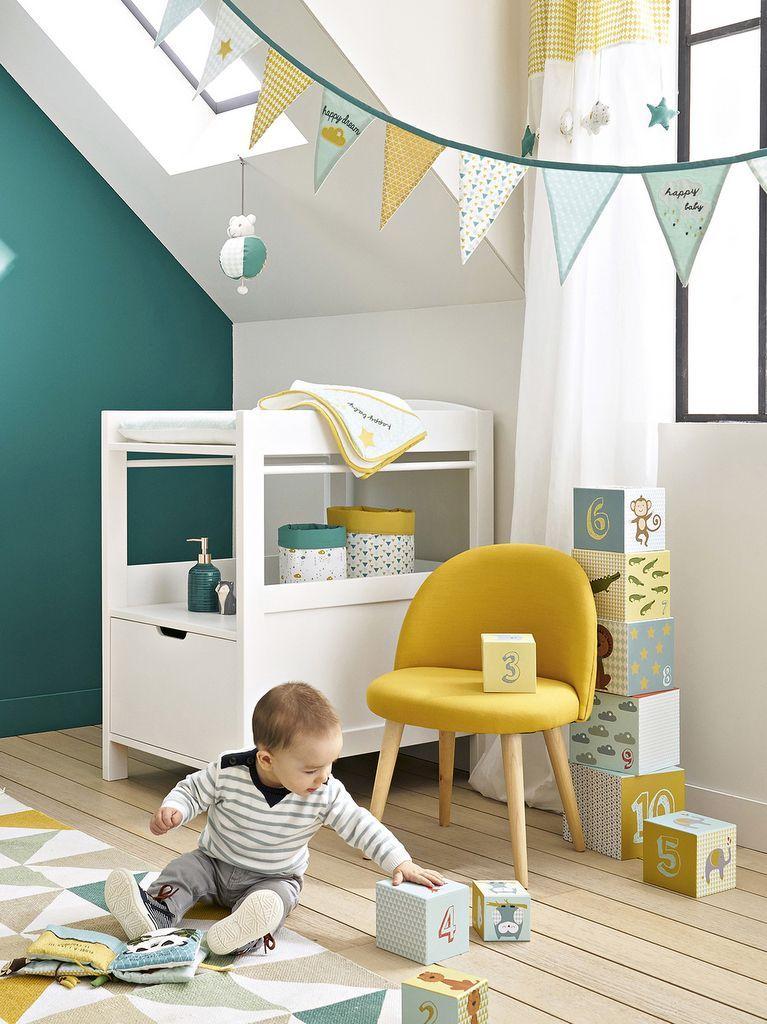 Une Chambre Pour Garcon En Bleu Et Jaune Bleu Chambre En Et Garcon Jaune Pour Une Chambre Bebe Couleur Chambre Bebe Garcon Couleur Chambre Bebe