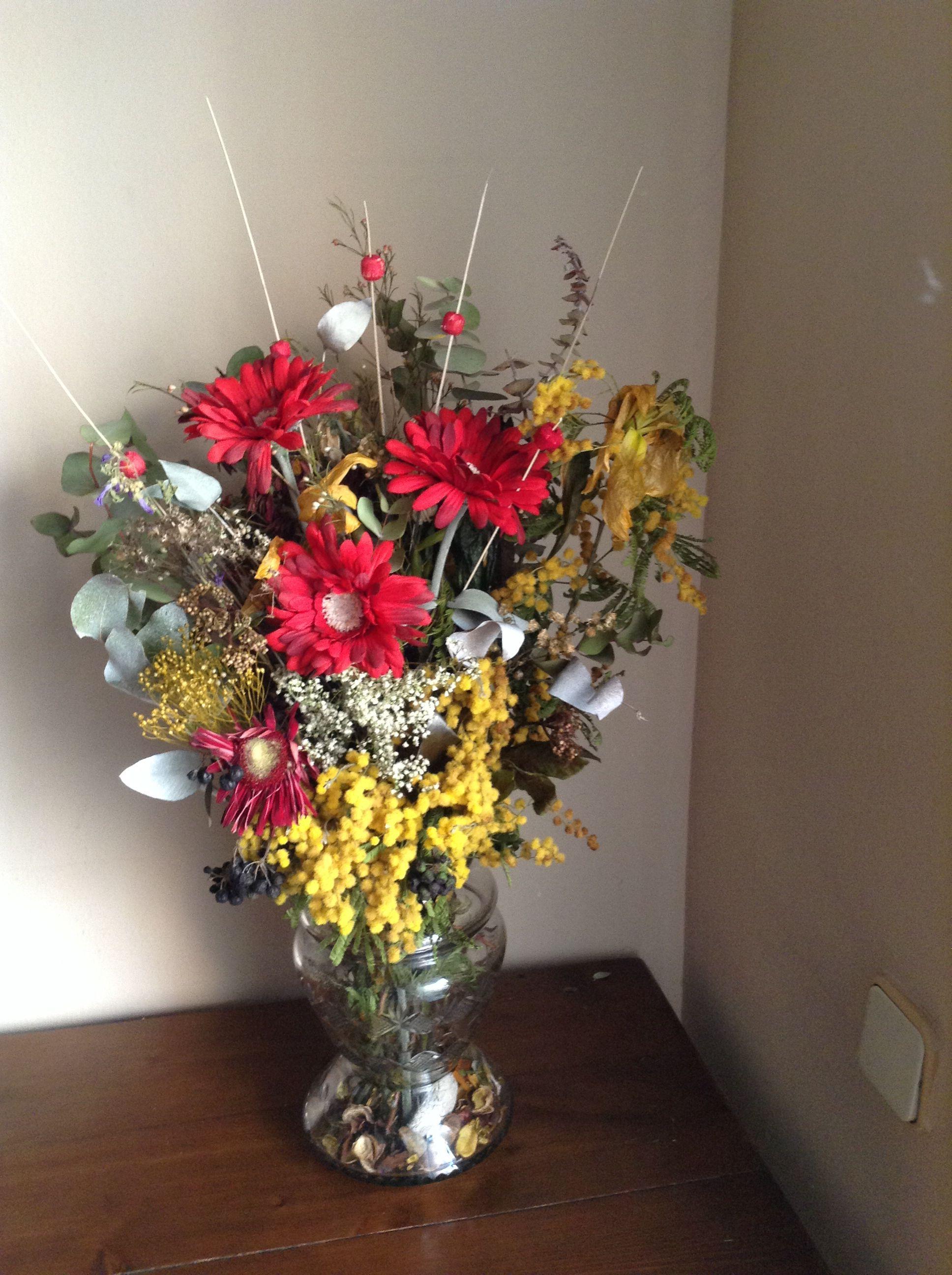 Flores secas con flores artificiales jarrones flores - Jarrones flores artificiales ...