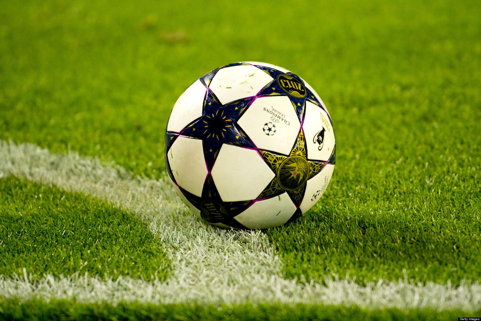 Tips for Successful #Soccer Betting. http://data.nowgoal.com/soccer/Tips-for-Successful-Soccer-Betting-35001.html    Soccer, Soccer ball, Soccer referee