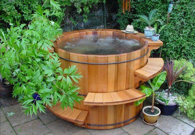 badefass badespa whirlpool funktion wellnessoase ideen rund ums haus pinterest garten. Black Bedroom Furniture Sets. Home Design Ideas