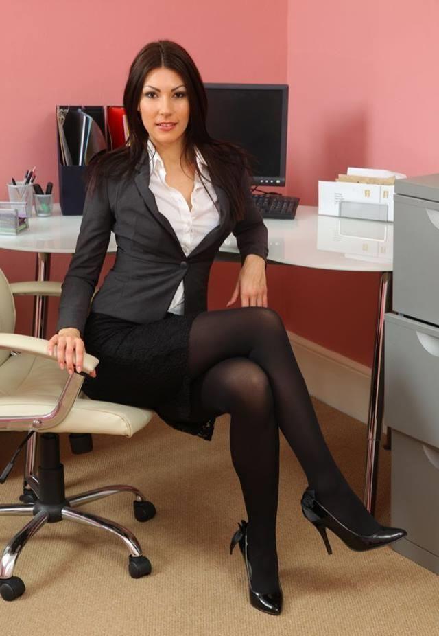 Business suit pantyhose — photo 15
