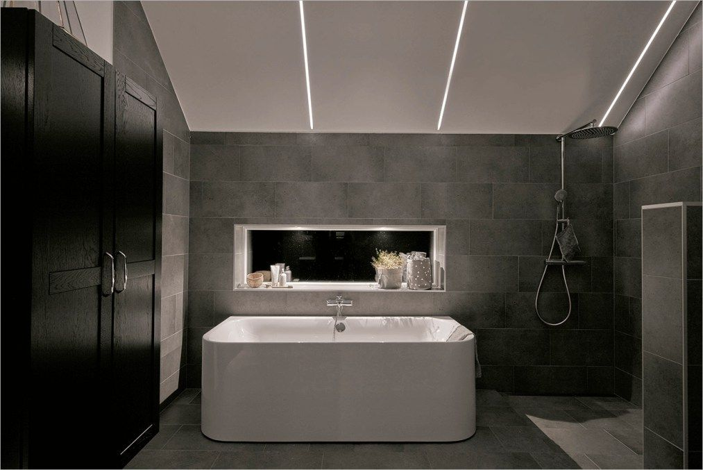 Awesome Bathroom Ceiling Lighting Ideas That Will Amaze You Craft And Home Ideas Modern Bathroom Renovations Bathroom Lighting Bathroom Light Fixtures