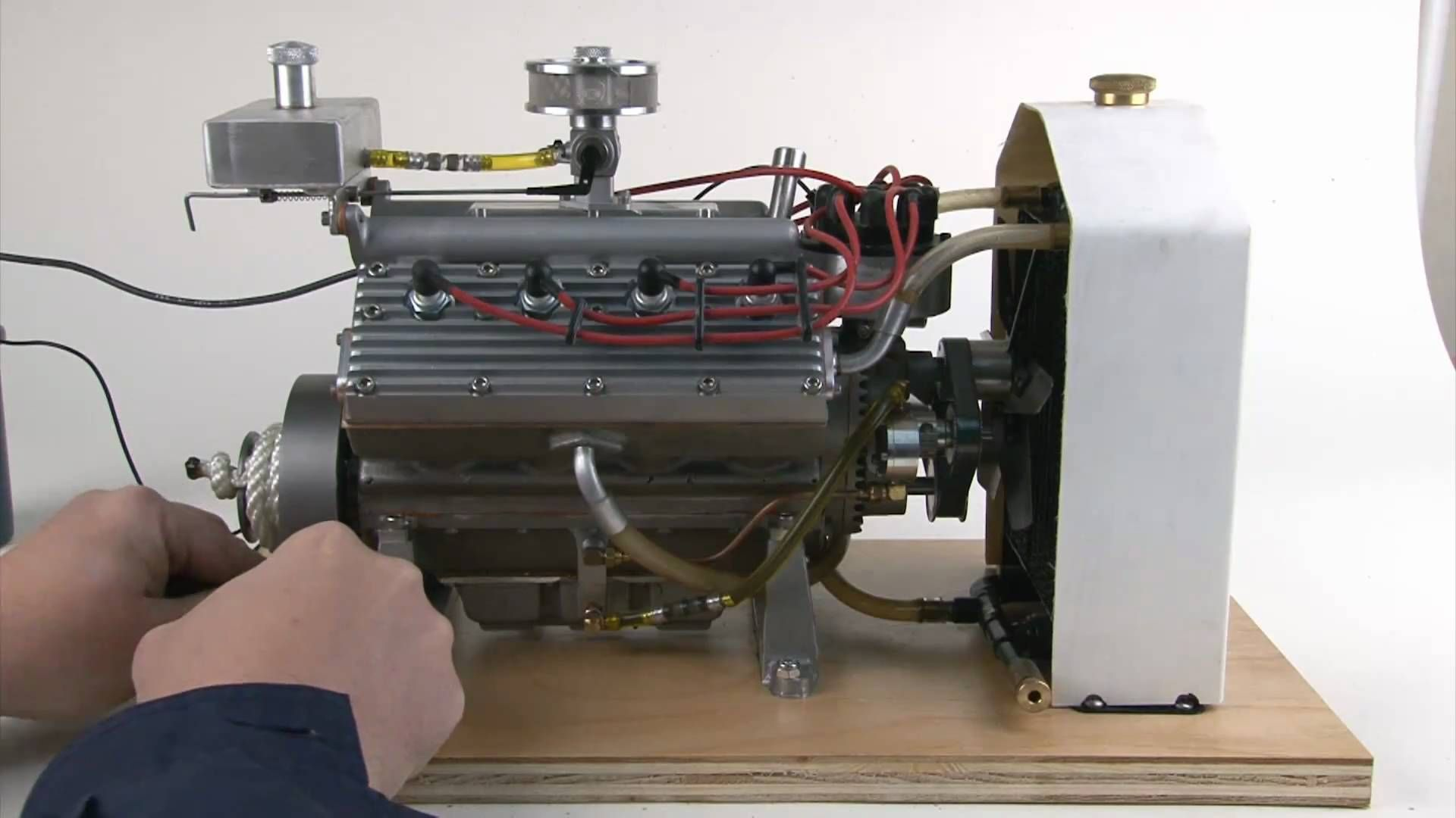 Flat Head V8 Running Miniature Model Engine Block Is Only 7 Long
