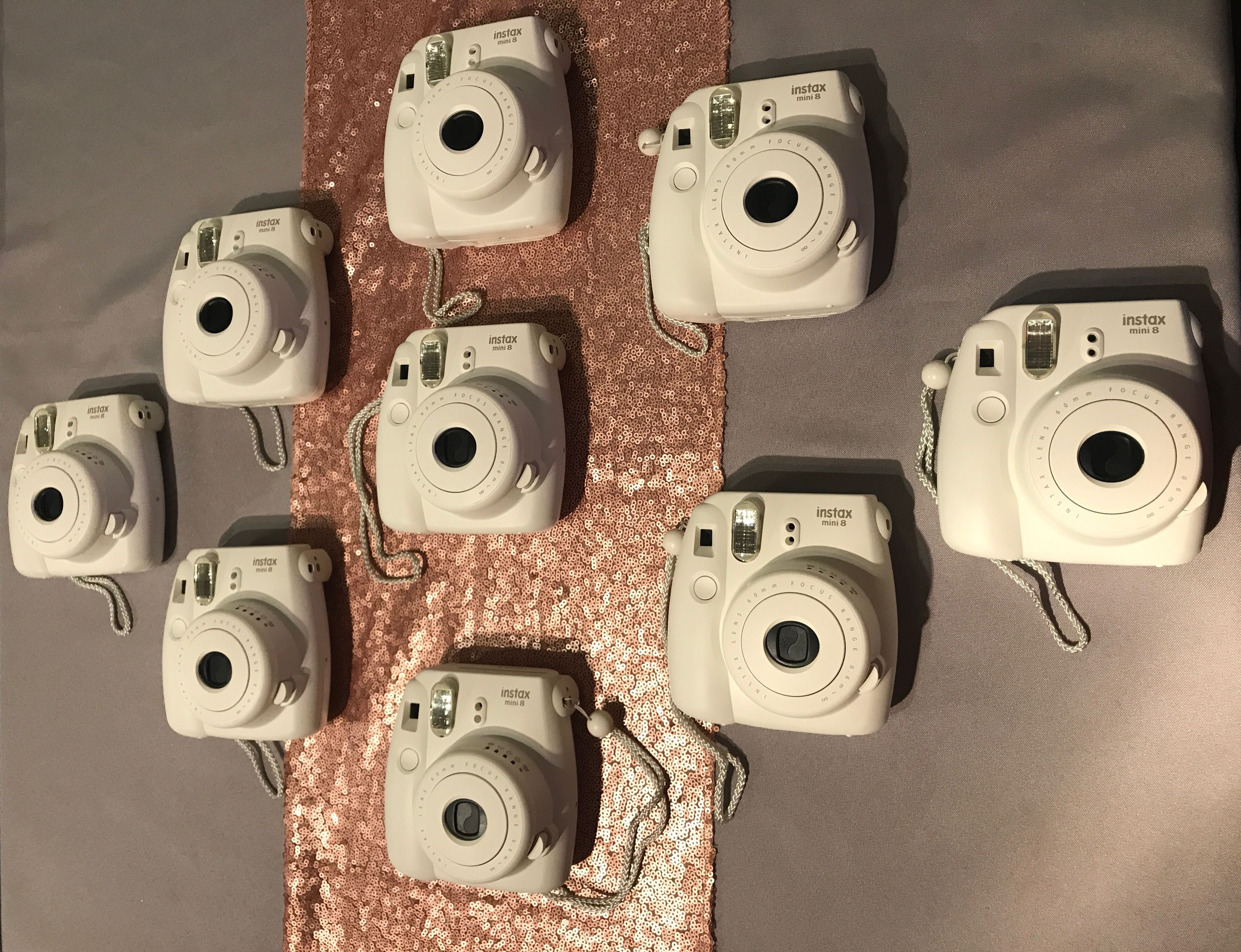 Rustikale Len 10 instax mini 8 cameras for hire from witney weddings events