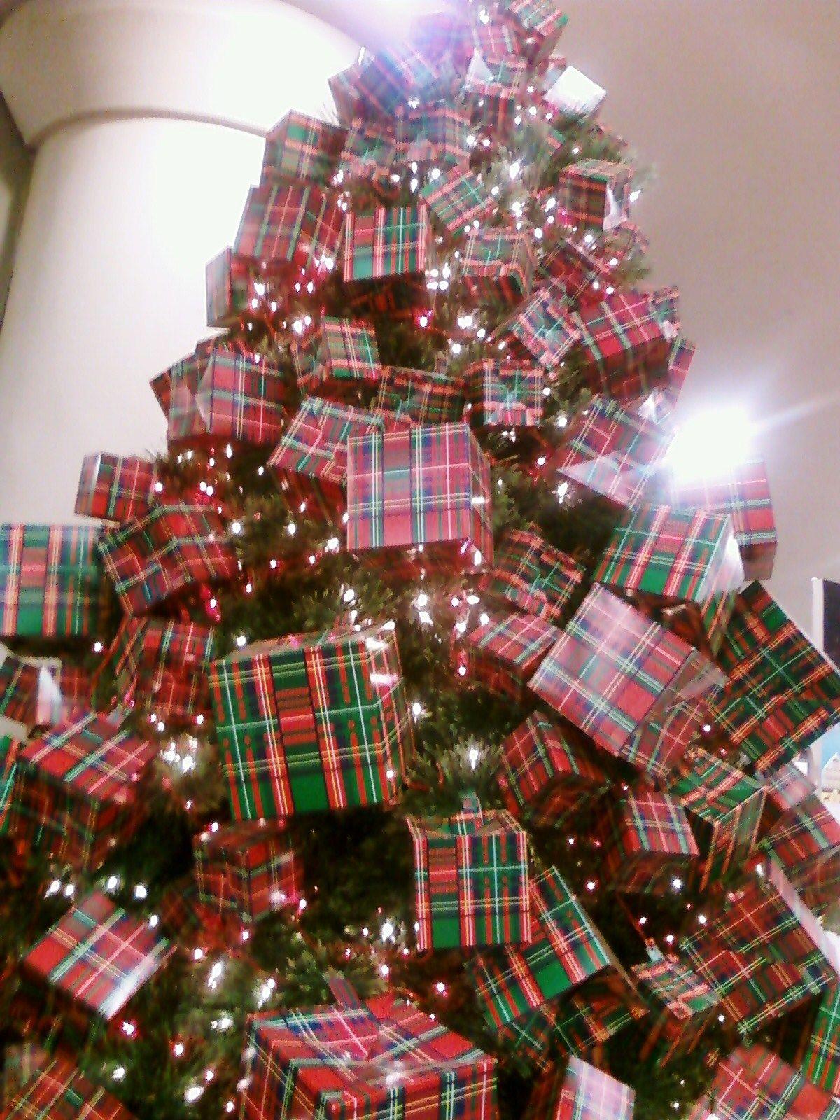 Christmas decoration One Utama Christmas display