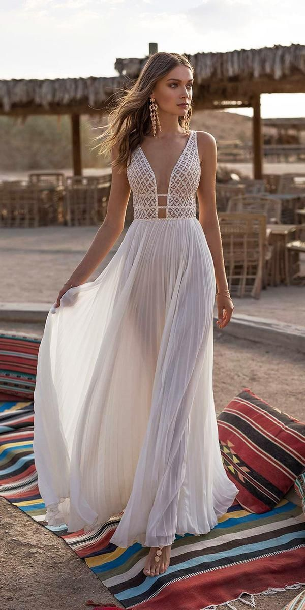 Photo of 15 Amazing Destination Wedding Dresses For Yous