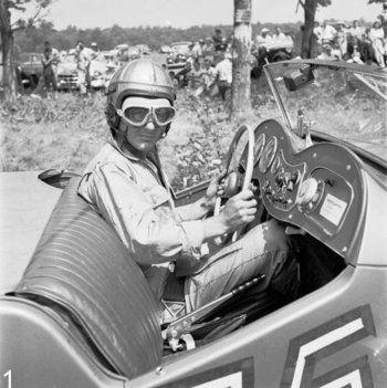 Carroll Shelby S First Race Car A 1949 Mg Tc Heads Carroll Shelby Morris Garages Racing