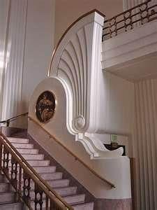 Art Deco Staircase Maison Art Deco Interieur Art Deco Art Deco