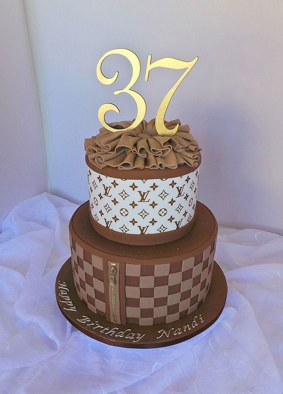 Louis Vuitton fashion themed birthday cake | Themed ...