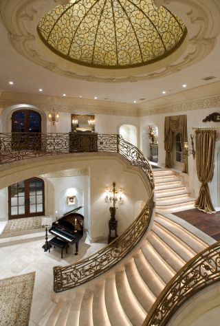Russell Ross Creates Harmonious Interiors With Artist S Eye Set Designer S Skills Mansion Interior House House Staircase