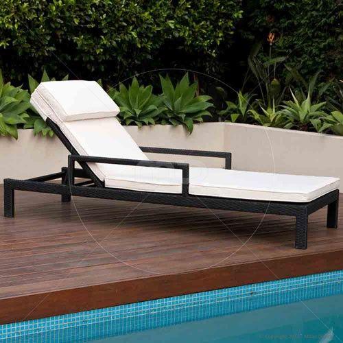 Brighton Sun Lounge - Outdoor Rattan Wicker - Black ...