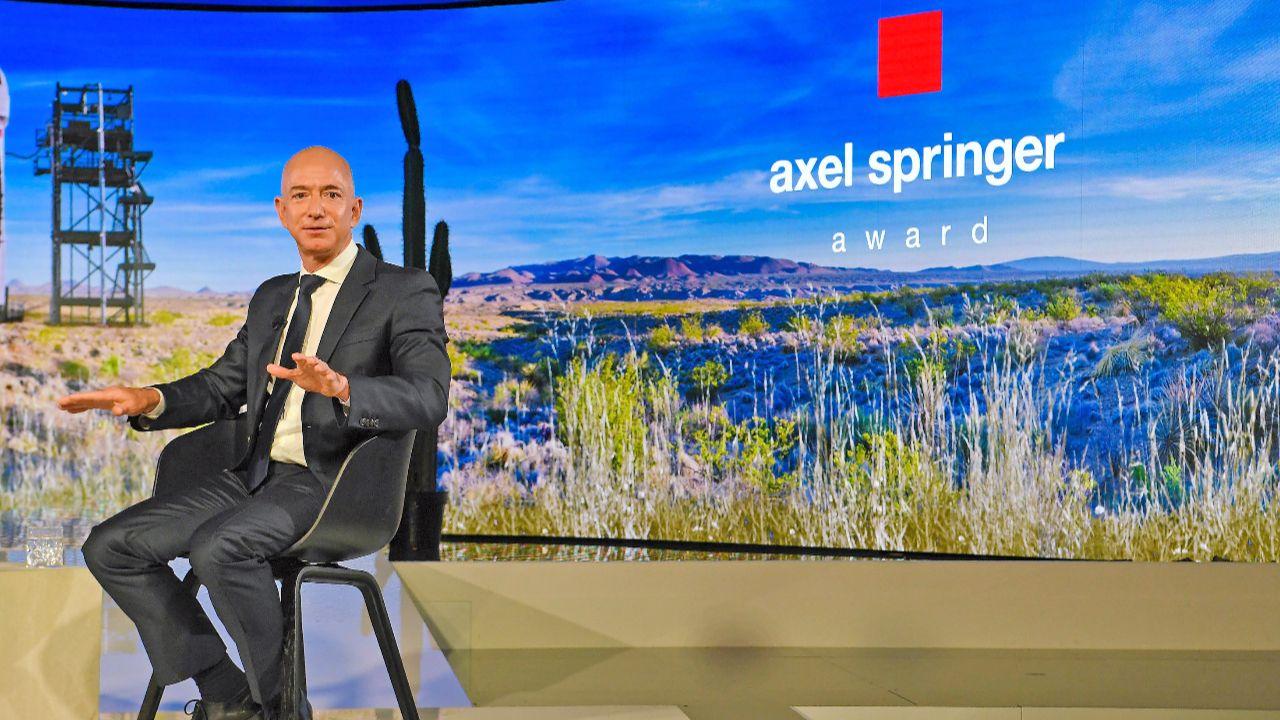 """Gründer Jeff Bezos über seine Kindheit und den Beginn von Amazon - """"In der 4. Klasse habe ich mich in einen Computer verliebt"""" - Deutschland - Bild.de"""