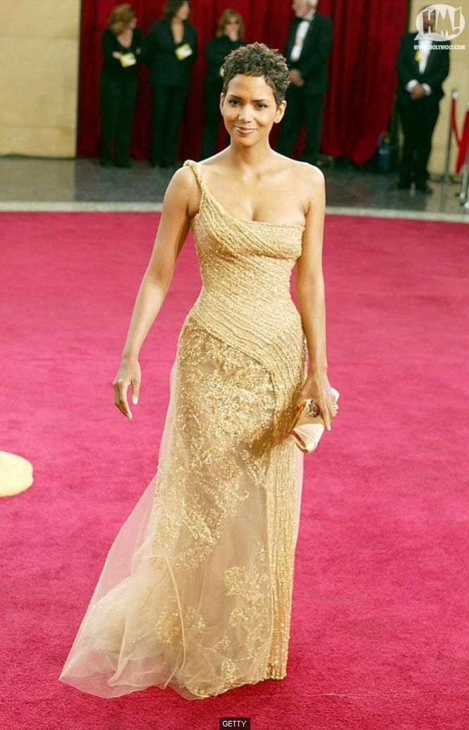 bf63681cf0 Halle Berry, 2003 Red Carpet | *Red Carpet Glam* in 2019 | Halle ...