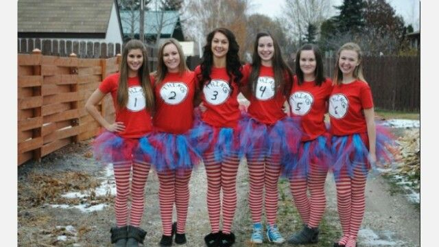 Thats a cute idea for group costumes | Cool halloween ...