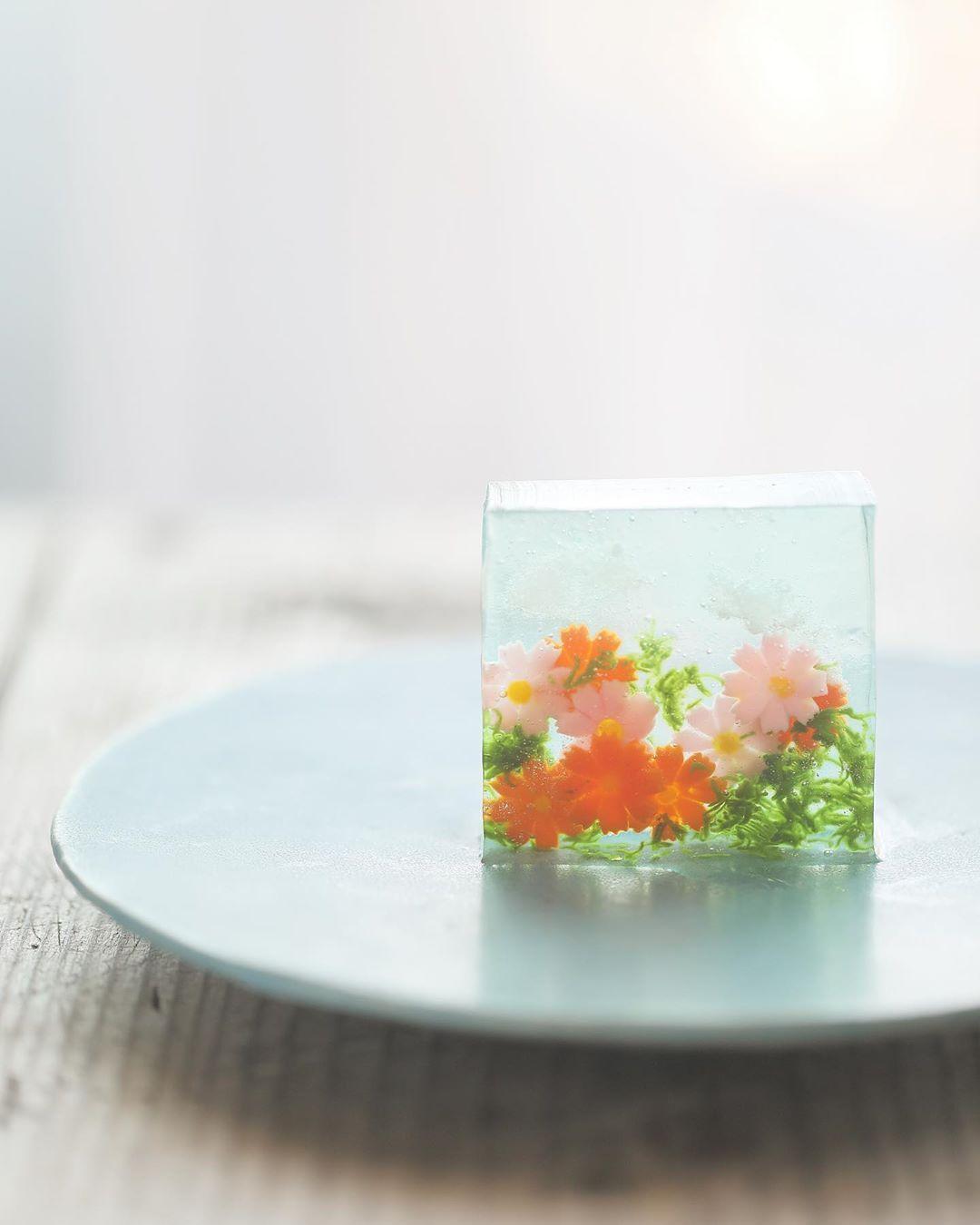 kyokooyatsuさんはInstagramを利用しています:「Today I made japanese confectionery nerikiri which express #cosmos…」