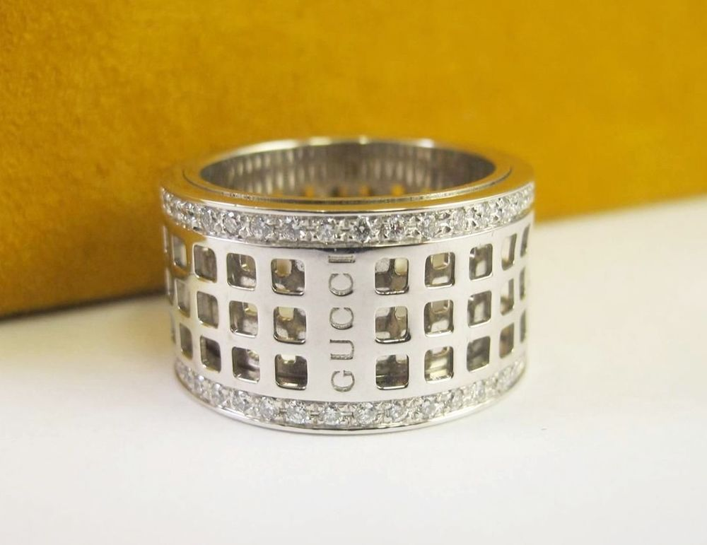 00b7643a8 GUCCI Diamond Window Spinning Ring Band Eternity 18kt White Gold Movable # Gucci #Eternity