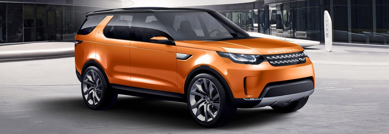 Land rover has released the first official images showing the new discovery 5 without camouflage for