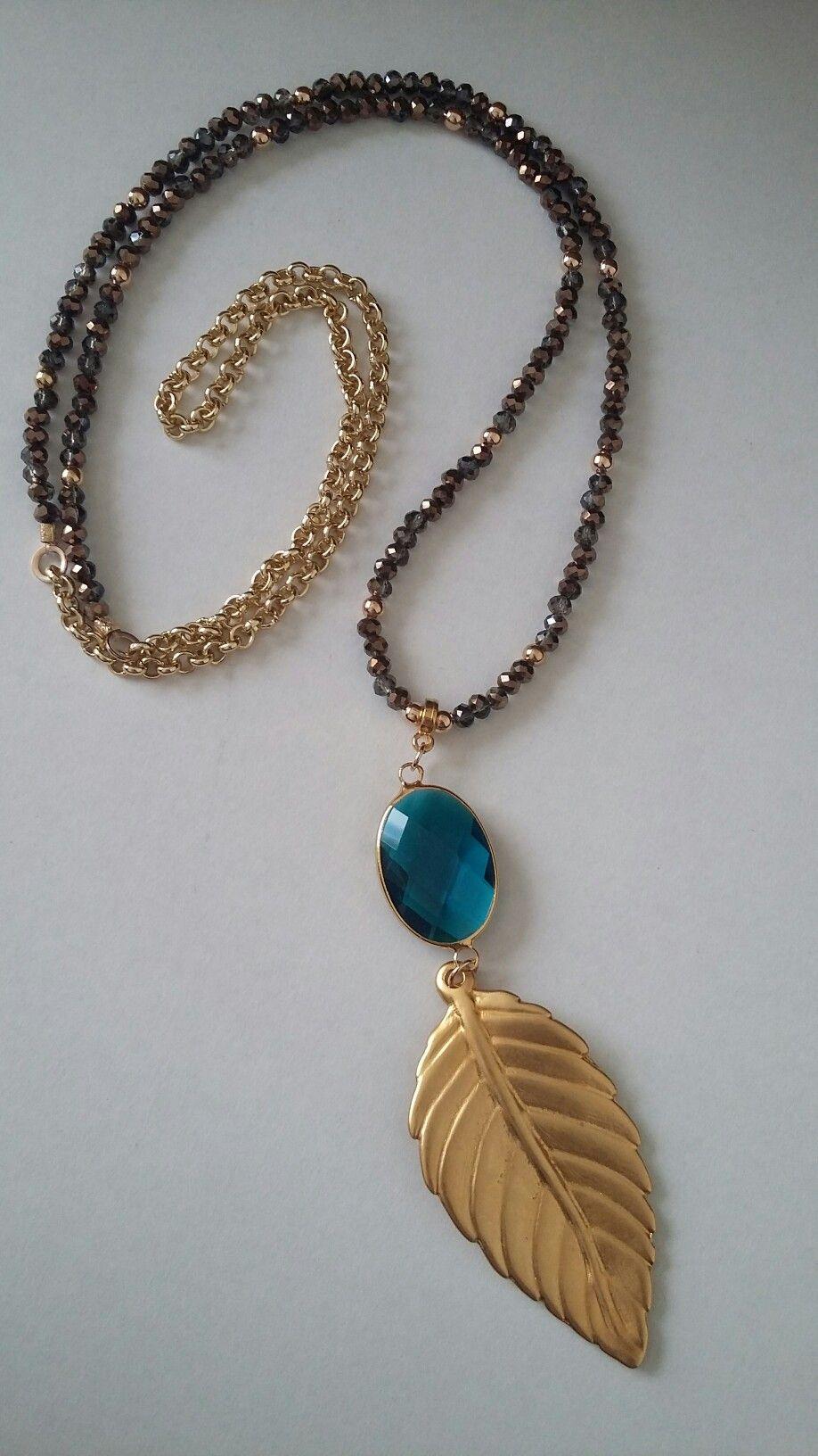 f7dbfba44968 Collar largo de Creaciones Little Flower. Bisutería fina 100% artesanal.