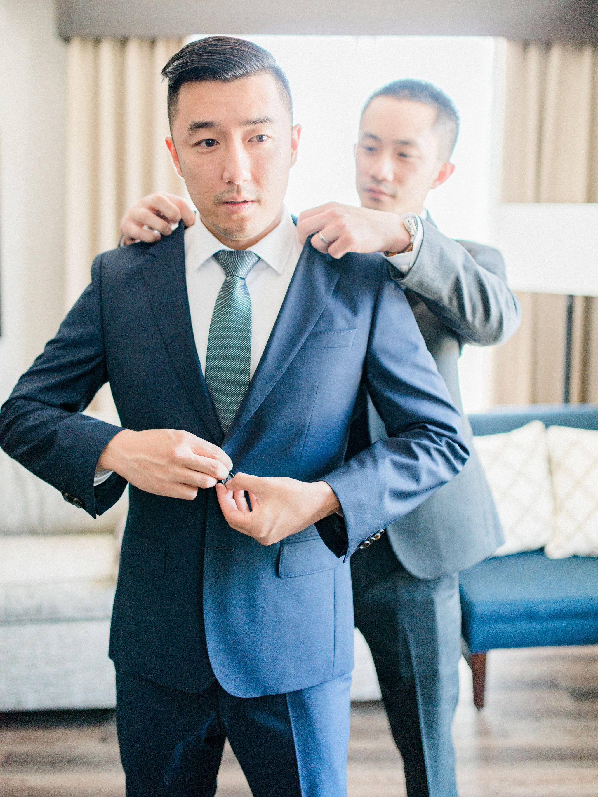 Fabulous Florals + Magical Moments Have Us Head Over Heels | Groom ...