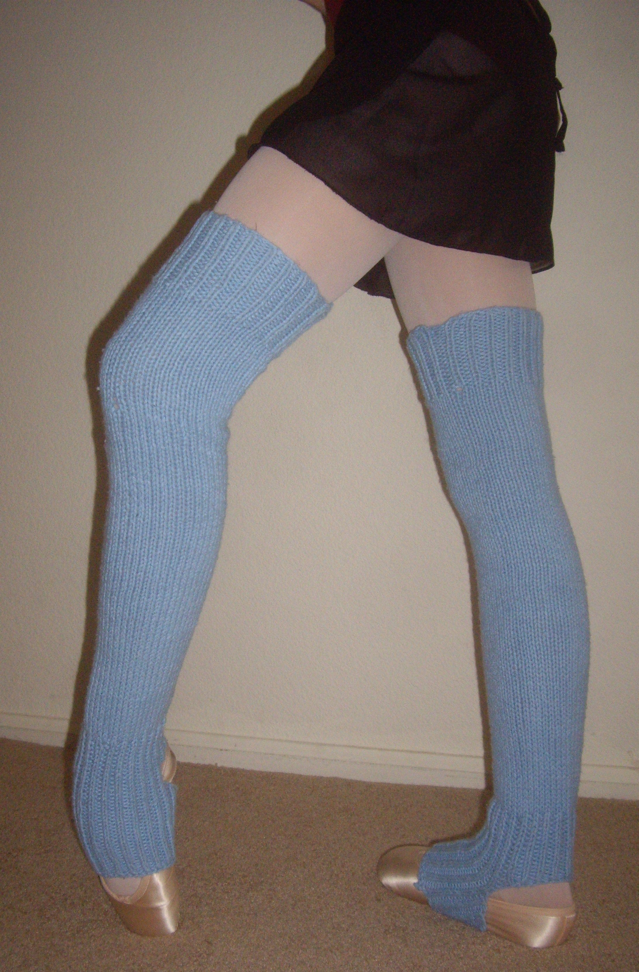 How to Knit Leg Warmers for Ballet Dancers - Free Pattern ...