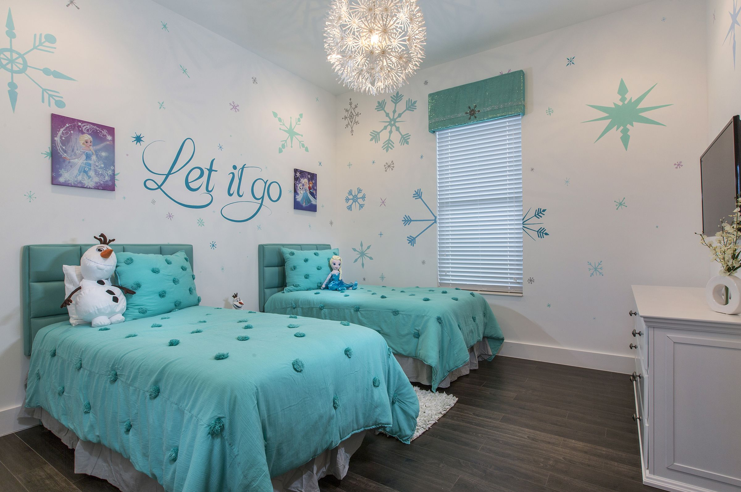 Frozen Themed Bedroom Frozen Bedroom Frozen Bedroom Decor