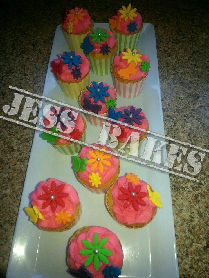 Girly flower cupcakes by Jess Bakes www.jessbakes.net