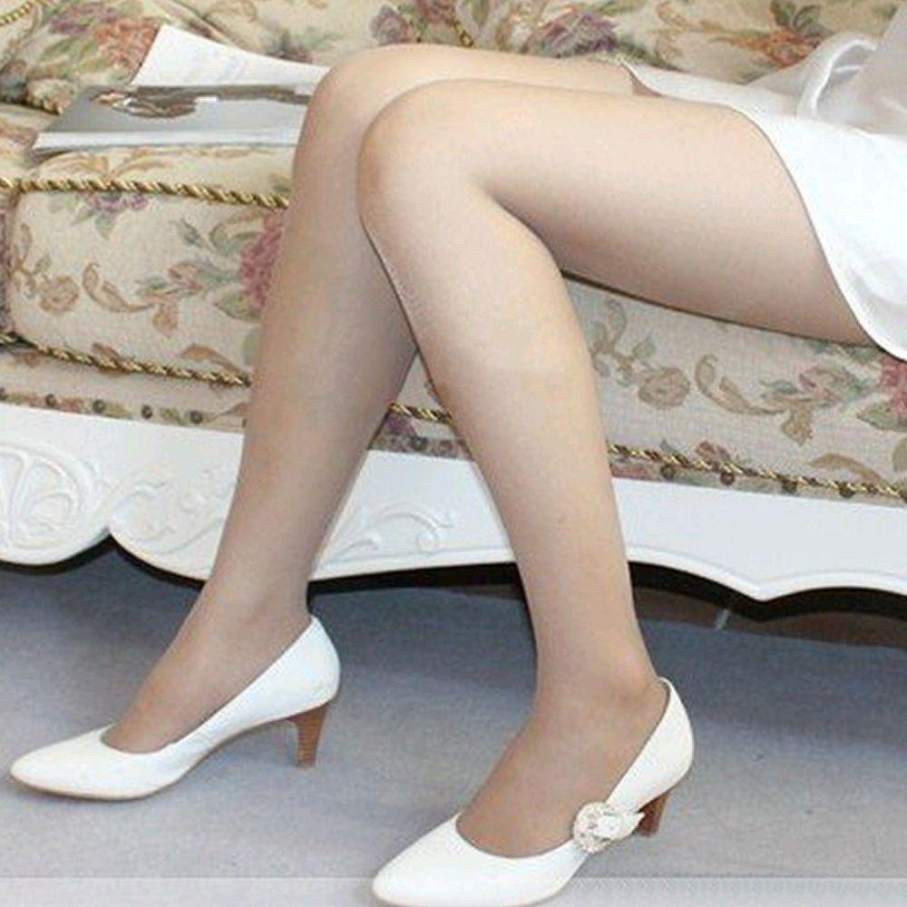 Skinny girls in tights nylons pantyhose