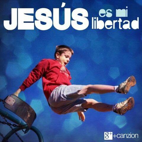 «Por lo tanto, Cristo en verdad nos ha liberado. Ahora asegúrense de permanecer libres y no se esclavicen de nuevo a la ley». —Gálatas 5:1
