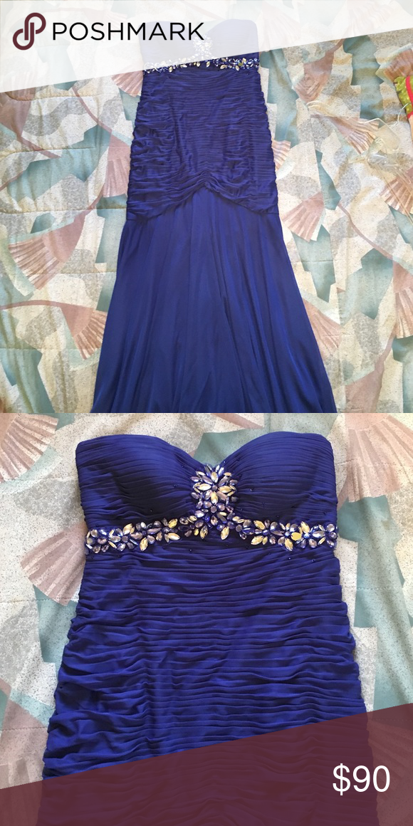 Gorgeous Blue Prom Gown Blue prom gown with beautiful beading. Zips in back. Purchased at Davids Bridal. Onyx Nite Dresses Prom