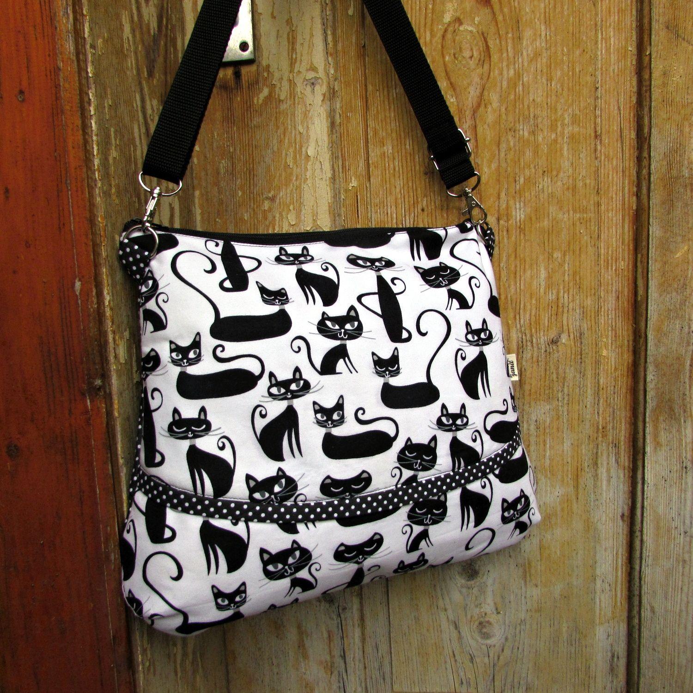 7b0b108113a mini kabelka kočky černé mini kabelka na nejnutnější  drobnosti---klíče