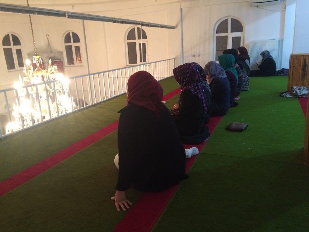 RT @Gencensarsamsun: Bu haftaki cami programını Saniye Hatun camiisinde gerçekleştirdik. https://t.co/sIHg8mX4K9