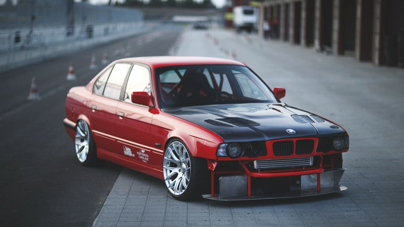 Sport Wallpaper Love: 1366x768 Wallpaper Bmw, E34, Red, Cars, Side View, Sports