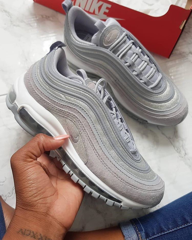 Nike Air Max 97 </p>                     					</div>                     <!--bof Product URL -->                                         <!--eof Product URL -->                     <!--bof Quantity Discounts table -->                                         <!--eof Quantity Discounts table -->                 </div>                             </div>         </div>     </div>     