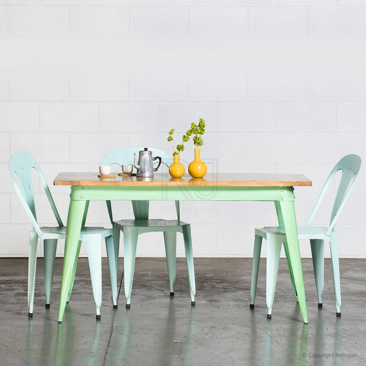 40 Beautiful Pieces Of Mint Green Home Decor Mint Kitchen Table