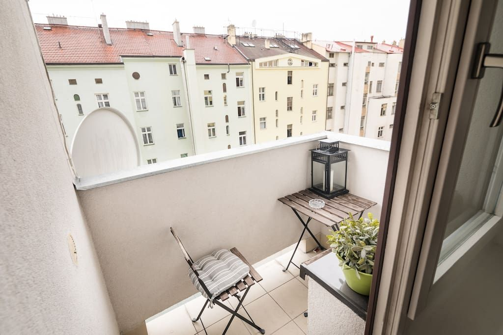 Large, luxury apartment in Vinohrady - Apartments for Rent ...