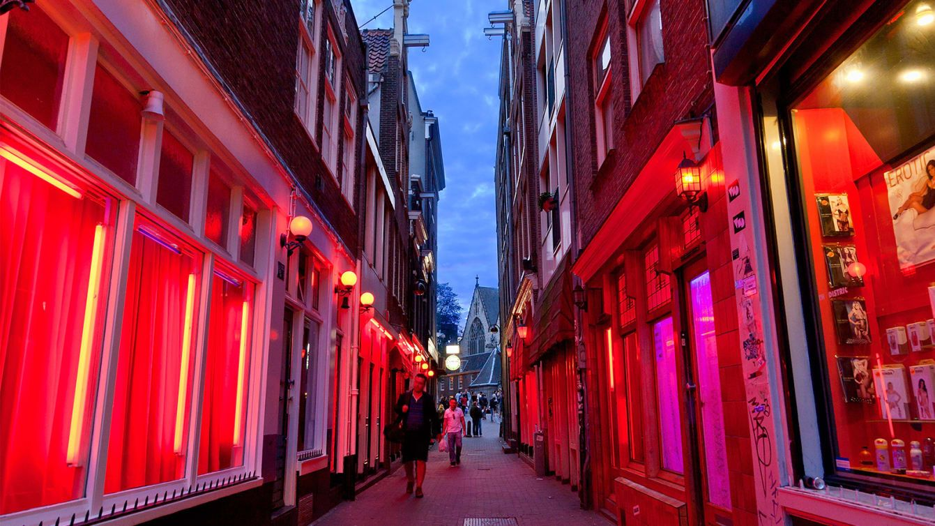 Amsterdam To Ban Red Light District Tours Amsterdam Red Light