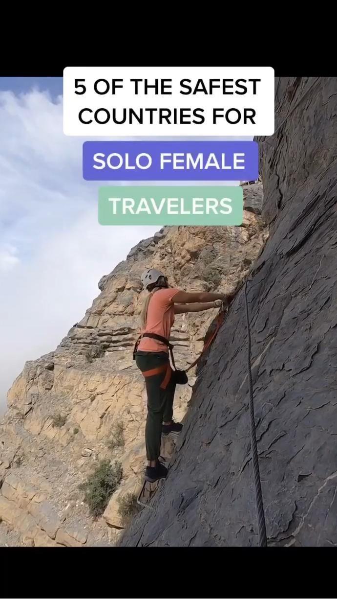 25 Best Travel Tips for Women